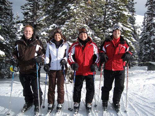 steve little and family skiing
